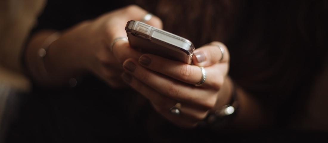phone-rings-wide